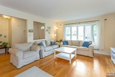 Tenafly Single Family Home For Sale: 6 Clark Place