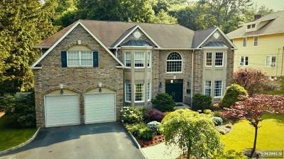 Park Ridge Single Family Home For Sale: 113 Ridge Avenue