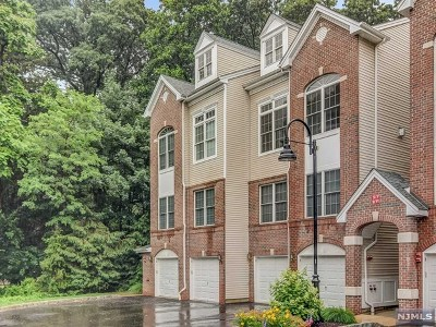 Hawthorne Condo/Townhouse For Sale: 7 Ashley Court