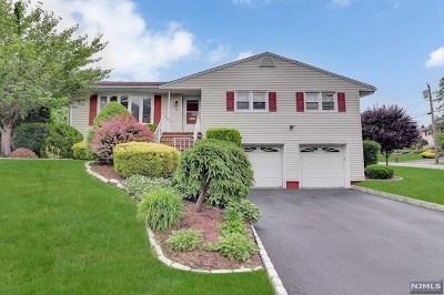 Oradell Single Family Home For Sale: 18 Poplar Avenue