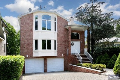 Englewood Cliffs Single Family Home For Sale: 6 2nd Street