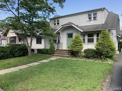 Passaic County Single Family Home For Sale: 118 Center Avenue