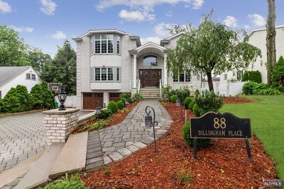 Englewood Cliffs Single Family Home For Sale: 88 Dillingham Place