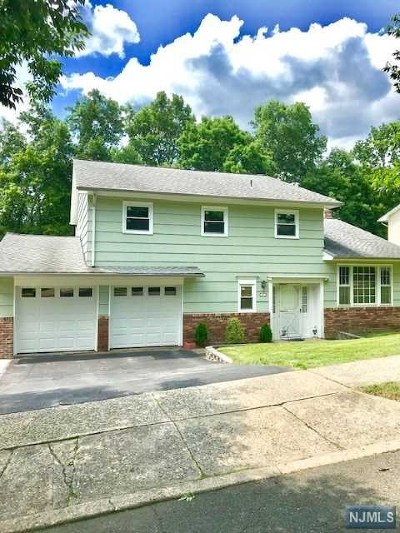 Wanaque Single Family Home For Sale: 40 Tremont Terrace