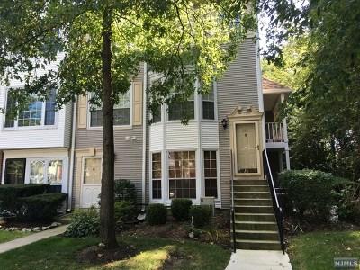 Mahwah NJ Condo/Townhouse For Sale: $349,900