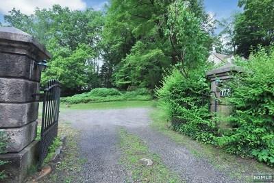 Tenafly Single Family Home For Sale: 177 Hudson Avenue