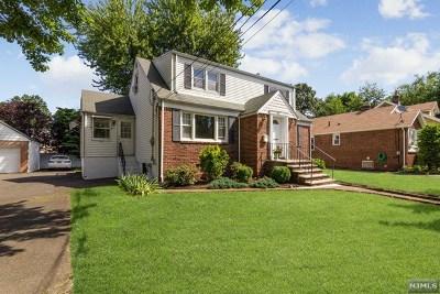 Dumont NJ Single Family Home For Sale: $420,000