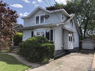 Fair Lawn NJ Single Family Home For Sale: $302,000