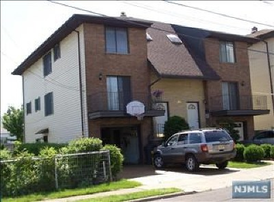 Fairview Condo/Townhouse For Sale: 484a Westview Place