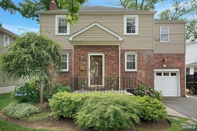 Bergenfield Single Family Home For Sale: 80 Harriet Avenue