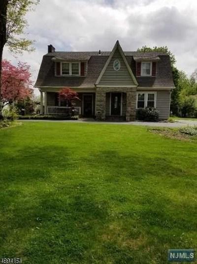 Morris Plains Boroug Single Family Home For Sale: 16 Carlyle Avenue