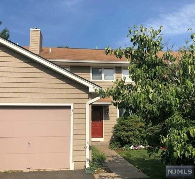 Mahwah Condo/Townhouse For Sale: 51 Sunset Court
