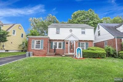 Teaneck Single Family Home For Sale: 263 Elm Avenue