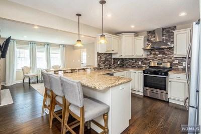 Saddle Brook Single Family Home For Sale: 16 Garden Street