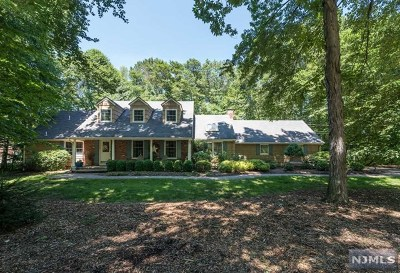 Franklin Lakes Single Family Home For Sale: 1001 Huron Road