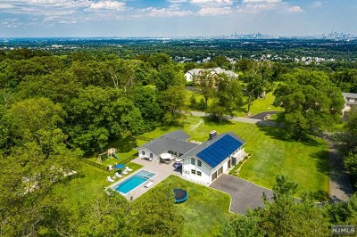 Essex County Single Family Home For Sale: 41 Eagle Ridge Way