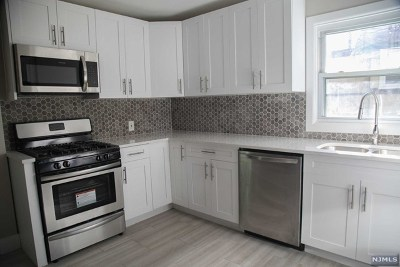 Teaneck Single Family Home For Sale: 120 West Englewood Avenue
