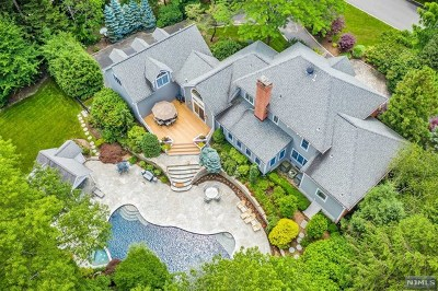 Mahwah Single Family Home For Sale: 7 Crocker Mansion Drive