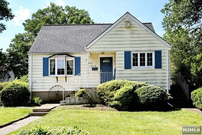 Dumont Single Family Home For Sale: 115 Dixon Avenue