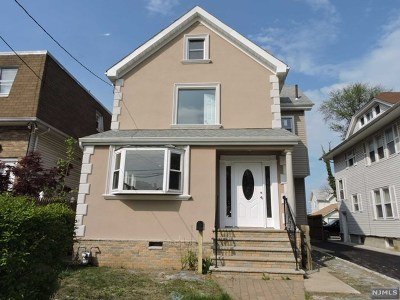 Hackensack Single Family Home For Sale: 202 Stanley Place