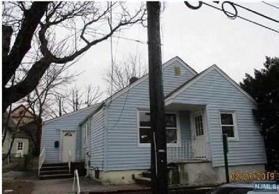 Clifton Single Family Home For Sale: 21 Montclair Avenue