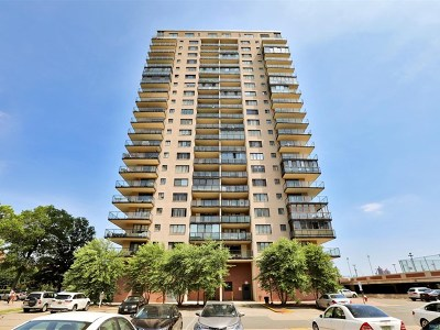 Edgewater Condo/Townhouse For Sale: 1203 River Road #18c