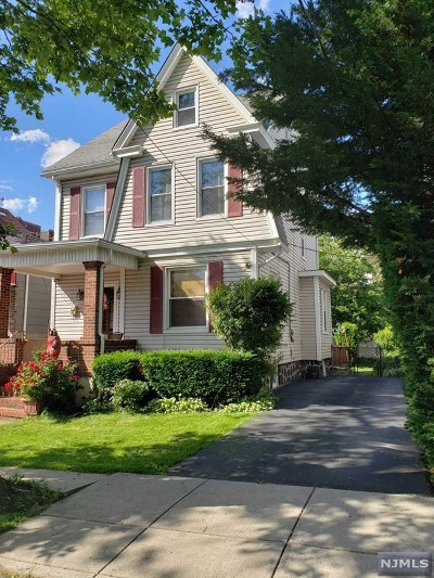 North Bergen Single Family Home For Sale: 230 78th Street
