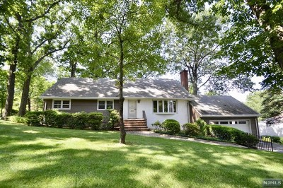 Emerson Single Family Home For Sale: 159 Congress Road