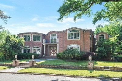 Cresskill Single Family Home For Sale: 125 13th Street