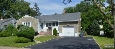 New Milford Single Family Home For Sale: 543 Plympton Street