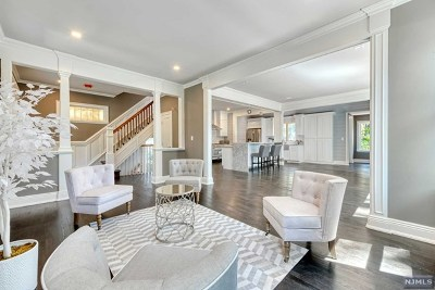 Westwood Single Family Home For Sale: 463 Kinderkamack Road