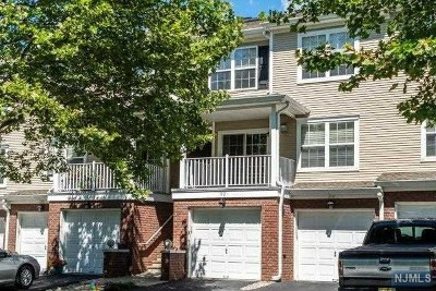 Wanaque Condo/Townhouse For Sale: 92 Carter Road