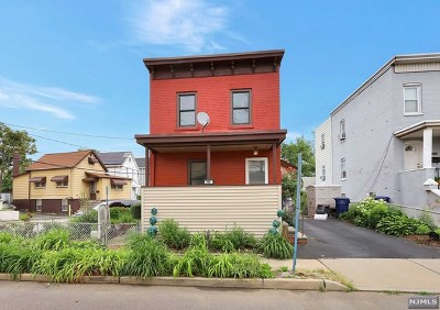Hackensack Single Family Home For Sale: 296 Williams Avenue