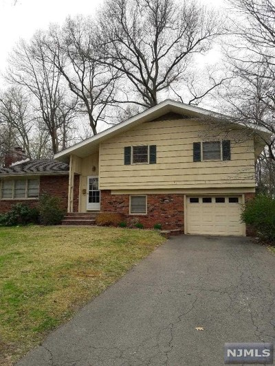 Allendale Single Family Home For Sale: 21 Waibel Drive
