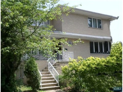 Fort Lee Multi Family 2-4 For Sale: 235 Washington Avenue