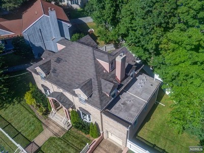 Teaneck Single Family Home For Sale: 1547 River Road