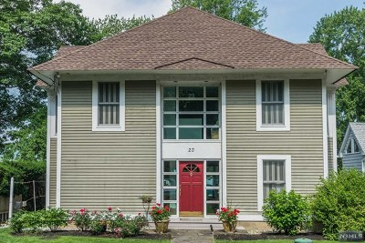West Milford Single Family Home For Sale: 23 Forest Lake Drive