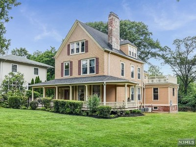 Essex County Single Family Home For Sale: 19 Woodland Avenue