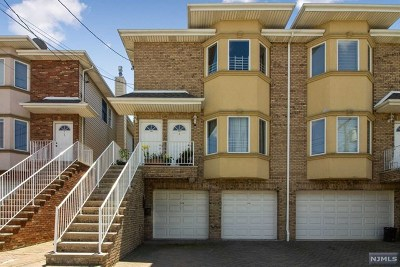 Fairview Condo/Townhouse For Sale: 420b Henry Street