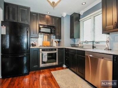Pompton Lakes Single Family Home For Sale: 9 Tudor Drive