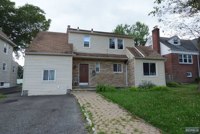 Englewood Single Family Home For Sale: 318 Levinsohn Place