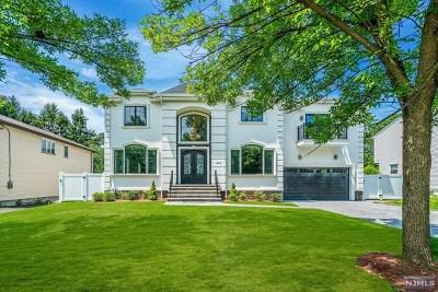 Paramus Single Family Home For Sale: 357 South Terhune Avenue