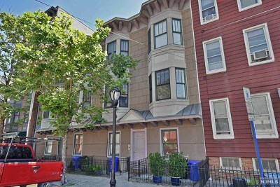 Hudson County Condo/Townhouse For Sale: 129 Jackson Street #B