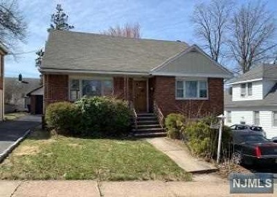 Hackensack Single Family Home For Sale: 411 Parker Avenue