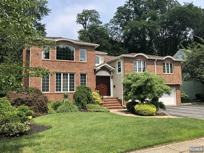 Fair Lawn Single Family Home For Sale: 41-58 Rys Terrace