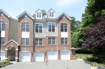 Hawthorne Condo/Townhouse For Sale: 23 Rhodes Court