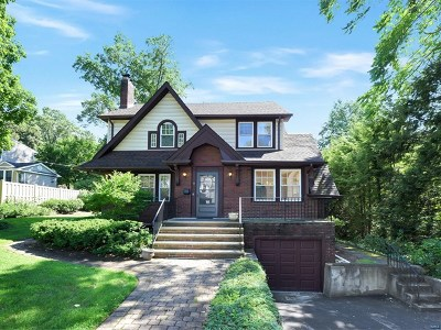 Tenafly Single Family Home For Sale: 8 Laurel Avenue
