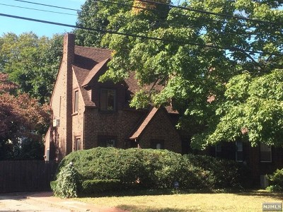 Teaneck Single Family Home For Sale: 1306 Sussex Road
