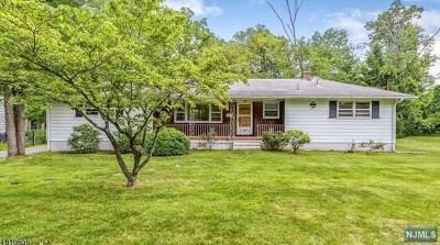 Florham Park Borough Single Family Home For Sale: 4 Elm Street