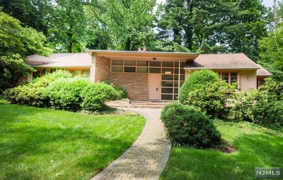 Englewood Single Family Home For Sale: 303 East Linden Avenue